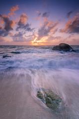 Sunrise @ Lamai Beach, Samui (Sir Mart Outdoorgraphy) Tags: sun seascape sunrise landscape thailand island long exposure waves ray kohsamui samui gnd singhray leefilter lamaibeach  sirmart outdoorgraphy outdoorgraphystudios sirmartoutdoorgraphy rgnd