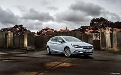 2016 Opel Astra (K) 1.4 Turbo ecoFLEX Innovation (Pieter Ameye Photography) Tags: blue light test car k silver buick belgium belgie 14 turbo verano hatch innovation astra holden opel flanders testdrive 2016 coty tested caroftheyear ecoflex caroftheyear2016