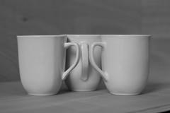 Only Cups #3 (honiigsonne) Tags: white black tree cup tasse indoor trio dishes pott schwarz drei tableware keramik geschirr weis minimalistisch