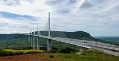 Viaduct van Millau (Meino NL) Tags: france frankrijk tarn millau aveyron viaducdemillau zuidfrankrijk tuibrug viaductvanmillau creissels