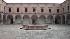 Palacio Clavijero (Joel Llanos) Tags: mexico morelia mexique