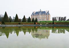 Chteau de Sceaux (Davit Khutsishvili) Tags: winter france reflection green architecture nikon ledefrance sceaux 2016 92330 d5100 nikond5100 davitkhutsishvili dkhphoto