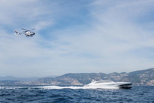 Моторная яхта Mercedes-Benz Arrow460-Granturismo