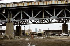r_160428461_kos_a (Mitch Waxman) Tags: newyorkcity newyork construction scaffold greenpointbrooklyn newtowncreek laborers constructionequipment kosciuszkobridge nysdot dukbo