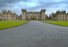 Floors Castle - Roxburghe - 5 (Tony Worrall Foto) Tags: county uk house building home architecture scotland stream tour open place country north scottish grand visit tourist area tall ornate borders attraction scots stately scottishborders roxburghshire southeastscotland istheseatofthedukeofroxburghe