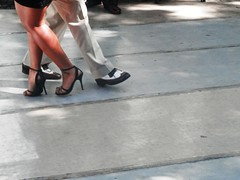 Milonga (magellano) Tags: plaza woman man argentina square shoe donna dance high buenosaires couple danza uomo heel piazza alto santelmo coppia scarpa milonga tacco passo