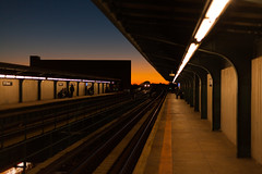 nyc - queens misc 2015 4 (Doctor Casino) Tags: newyorkcity sunset sky station architecture twilight tracks infrastructure mta curved richmondhill