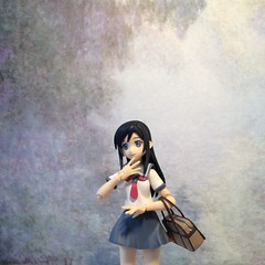 Ayase and Art (11) (Sasha's Lab) Tags: school art girl museum painting toy high uniform gallery action teen monet figure sailor ayase fuku aragaki jfigure goodsmilecompany figma oreimo 新垣あやせ