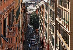 vertical town (ludi_ste) Tags: street windows buildings strada facades genoa genova genes altezza height palazzi finestre facciate
