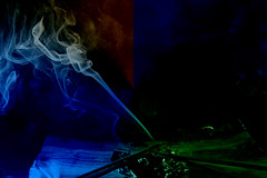 Giocando col fumo (G@Bon@z) Tags: fumo