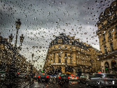 Rainy day in a cab in Paris (joly_jeff) Tags: food paris france seine photography timelapse ledefrance louvre doubleexposure eiffel dslr fr tripleexposure focusstack 24105mm jewells paris9earrondissement canon5dmarkiii jewellerypics wwwjeffjolycom jeffjoly equipeinteractivecom