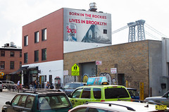Coors Light (Always Hand Paint) Tags: nyc beer brooklyn advertising mural outdoor pop williamsburg ooh handpaint colossal complete coorslight colossalmedia muraladvertising b146 skyhighmurals alwayshandpaint kristalindahl
