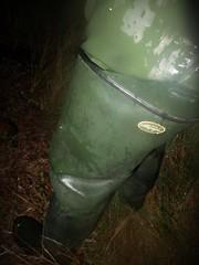 Le Chameau in Midnight Mud (essex_mud_explorer) Tags: wet mud boots rubber thigh muddy waders rainwear gummistiefel schlamm thighboots cuissardes rubberlaarzen lechameau thighwaders