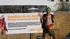 105 Mariannenplatzfest, Berlin-Kreuzberg (Fotograf M.Gerhardt) Tags: berlin kreuzberg deutschland veranstaltung openair maifest personen 1mai volksfest 2016 myfest mariannenplatz mariannenplatzfest