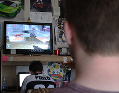 brett and joe (jennacunniff) Tags: playing game video buffalo university play roommates halo games ub multiplayer
