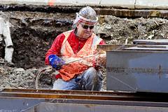 r_160428520_kos_a (Mitch Waxman) Tags: newyorkcity newyork construction scaffold greenpointbrooklyn newtowncreek laborers constructionequipment kosciuszkobridge nysdot dukbo