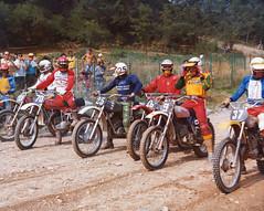 Albertoni Fabrizio (motocross anni 70) Tags: ktm 1977 motocross 125 partenza armeno swm simonini ancillotti fabrizioalbertoni motocrosspiemonteseanni70