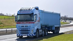 SV15 AZP (panmanstan) Tags: truck wagon scotland volvo transport lorry commercial vehicle fh freight bulk a90 haulage stracathro