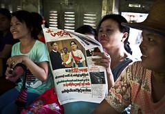 Circle Line, Yangon (Francesca Braghetta) Tags: travel train portraits photography san photos burma streetphotography photojournalism photowalk streetphoto myanmar treno amore travelblog photooftheday suu kyi aung avventure birmania anm avventurenelmondo viaggiavventurenelmondo