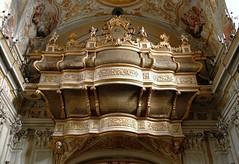 Catania, Chiesa di S. Benedetto (Mattia Camellini) Tags: art italia arte unesco explore sicily baroque unescoworldheritage catania sicilia barocco coro verga zeffirelli cantoria patrimoniodellumanit chiesadisanbenedetto canoneos7d mattiacamellini canonefs18135mmf3556is