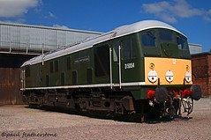 Roundhead (Paul GF3) Tags: railroad england train diesel outdoor railway elr chesterfield sulzer roundhead type2 eastlancashirerailway barrowhill heritagerailway