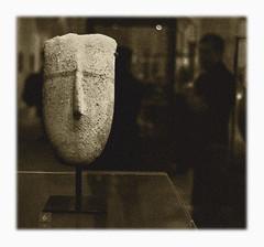 Visage Cycladique: Le Louvre (hamsiksa) Tags: paris france art louvre museums photosofart museumphotos photosinmuseums