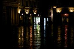 IMG_0544 (Roberto Audenino) Tags: street urban colors rain torino streetphotography turin piazzasancarlo