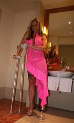 amp-1096 (vsmrn) Tags: woman crutches amputee onelegged