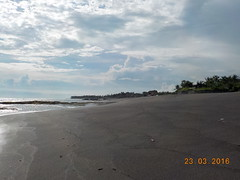 DSCN2060 (petersimpson117) Tags: lima pantai pererenan