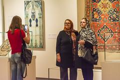 Picture Time (fotofrysk) Tags: camera toronto ontario canada museum architecture pose women visitors phonecamera donmills agakhanmuseum nikond7100 islamicartandartifacts 201603303863