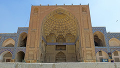 Jameh Mosque (Wei Koh) Tags: travel iran mosque esfahan isfahan jameh
