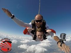 G0042681 (So Paulo Paraquedismo) Tags: skydive tandem freefall voo paraquedas quedalivre adrenalina saltar paraquedismo emocao saltoduplo saopauloparaquedismo