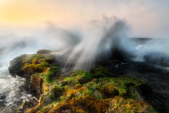 [K3GP8575pp2048] MORNING WAVES OF SAWARNA (JW Hisham Marmin) Tags: sunset sea seascape beach nature water rock indonesia landscape waves westjava dri hdr highdynamicrange k3 sawarna jawabarat leefilter sawarnabeach pantaisawarna hishammarmincom hishammarmin pentaxk3 pentaxsmcpda1224mmf4edalif lee105mmlandscapepolariser