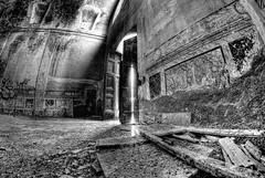 Decay (Rickydavid) Tags: decay abandon rudere chiesasconsacrata abbandono distruzione farainsabina excrocerossa