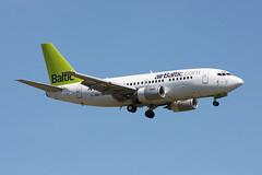 Air Baltic Boeing 737-522 YL-BBQ (Kambui) Tags: airplane airplanes zrich aviones avions kloten zrh flugzeuge  avies airbaltic aeroplani kambui  ylbbq
