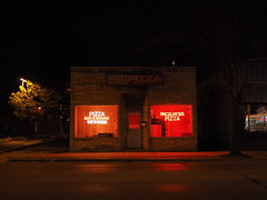 Uncle Pete's Pizza (mattheuxphoto) Tags: nightphotography dark illinois nightshot buidling westmont nightstreetphotography westmontillinois panasonic20mm
