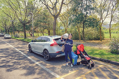 (Moson Kuo) Tags: travel baby cars volvo nikon infant picnic taiwan swedish babe brakes   township puli  cp5200 apracing  ncnu   2016  v40    ixion   rdesign     d800e v40crosscountry v40cc madebysweden