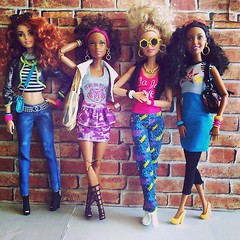 Girls With Curls - Pt. 1 (Dia 777) Tags: dolls nikki barbie desiree asha dollcollection barbiecollection girlswithcurls dolladdict barbiefashionistas dia777 dollswithcurls tallfashionista terrificteal glamvacationbarbie