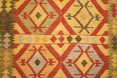 IMG_4979 (bildhamburg) Tags: interieur kleurrijk fauve tapijt motief