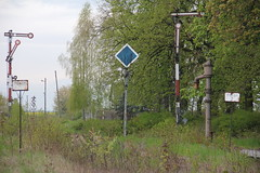 20160427 0056 (szogun000) Tags: railroad overgrown station canon crane tracks poland polska rail railway signals disused waterpump platforms semaphore pkp lowersilesia dolnolskie dolnylsk kobierzyce canoneos550d canonefs18135mmf3556is d29285 d29310