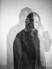 Double (Robert Olaf) Tags: portrait byn lomo lomography doubleexposure 400iso grano lomografica ildford dianamini robertolaf wwwrobertolafcom
