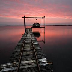 Un matin (Mathieu Calvet) Tags: square landscape boat pentax images filter belle bateau paysage ponton 1224 carré étang k3 languedocroussillon neutral hérault thau poselongue mèze étangdethau da1224 r7s