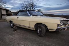 Colrain_20151225_031 (falconn67) Tags: christmas classic ford chicken car canon antique farm convertible fairlane 24105mml 5dmarkii
