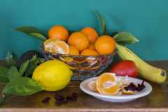 12/2016 - Healthy Eating (Jill Clardy) Tags: life red food orange white green leaves yellow tangerine fruit tomato avocado still lemon crystal halo plate bowl vegetable banana cranberries resolution dried veggie clementine cuties resolve day12366 366the2016edition 3662016 12jan16 4b4a8665