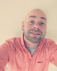 Snuck a #selfie on @kfawver2135 phone. Haha! Did I do it right?... (Disney Cakes) Tags: world birthday castle cakes make cake frozen baking orlando princess disney mickey fl how minnie wdw pops walt