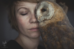 owl (una.knipsolina) Tags: portrait woman selfportrait self canon owl blonde freckles fullframe frau selbstportrait 5dmarkii