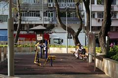 people in the city (Steve only) Tags: film fuji zoom snaps 200 vista plus epson fujifilm date agfa fujinon f28 silvi 2450 v750 superebc gtx970 f28~56 f2450mm 28~56