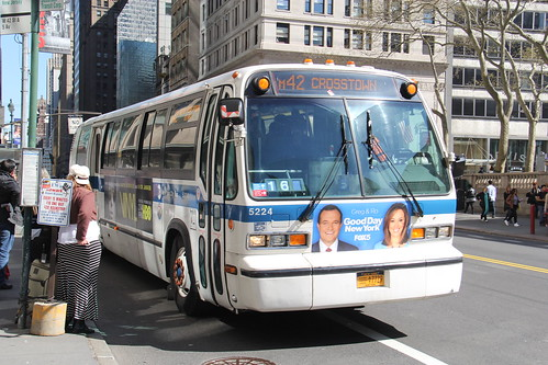 IMG_7013 (GojiMet86) Tags: mta nyc new york city bus buses 1999 t80206 rts 5224 m42 42nd street 5th avenue