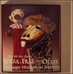 'Kukla, Fran and Ollie' Poster -- Chicago (IL) Historical Society 2002 (Ron Cogswell) Tags: roncogswell kuklafranandollieposterchicagoilhistoricalsociety2002 burrtillstrom franalison kuklafranandollie 1950skidstv chicagoil hereweareagainkuklafranandollieatthechicagohistoricalsocietyclarkstrretatnorthavenuechicagoil chicagohistoricalsocietyclarkstrretatnorthavenuechicagoil