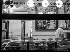 Passeggiata Romana-423 aprile 2016 (Fabio Gentili Photography) Tags: street bw italy rome roma photography bn coliseum foriimperiali colosseo